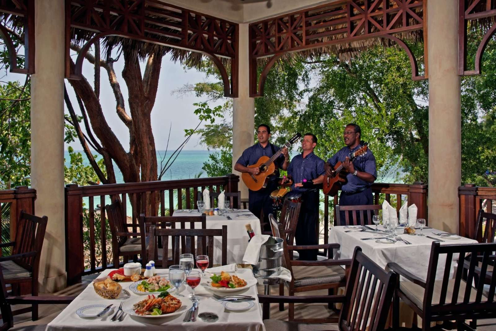 Beach view restaurant with live music