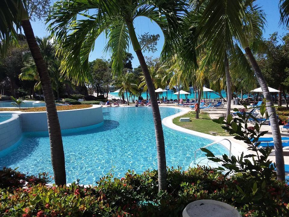 Swimming pool at Paradisus Rio de Oro
