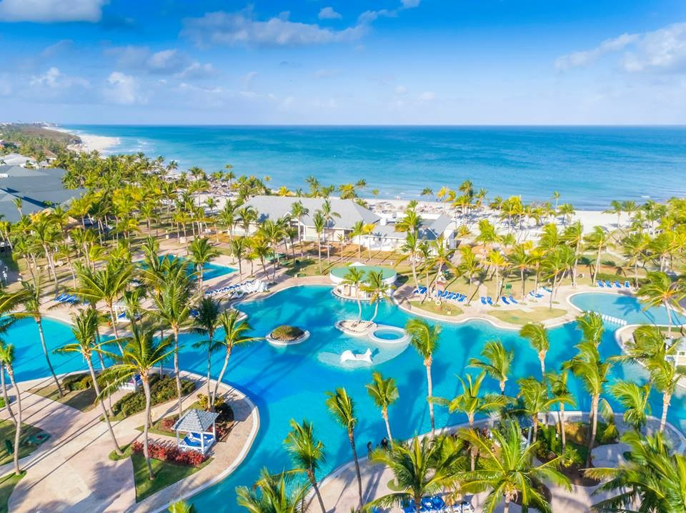 Aerial view of Paradisus Varadero pool