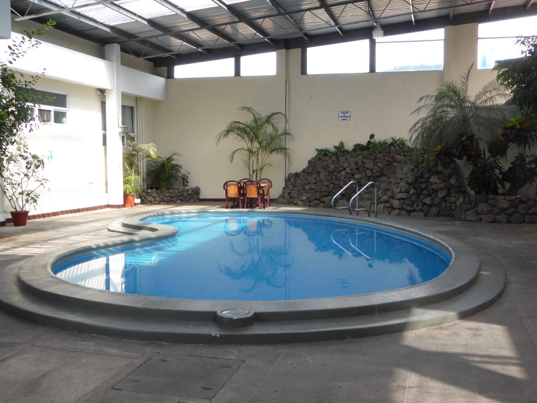Indoor pool at Pension Bonifaz in Quetzaltenango