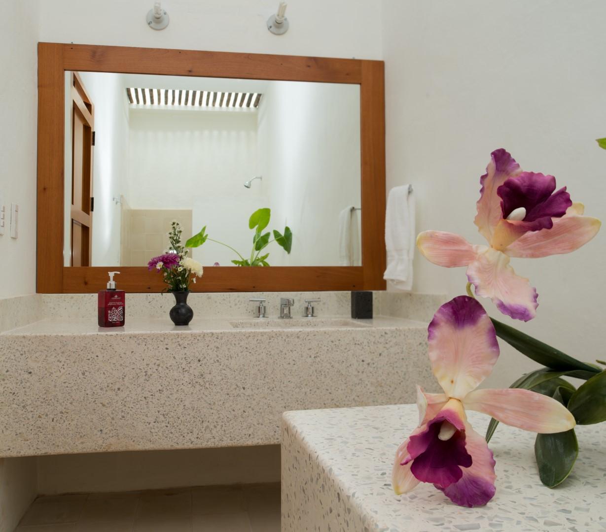 Bathroom at Posada San Juan Valladolid