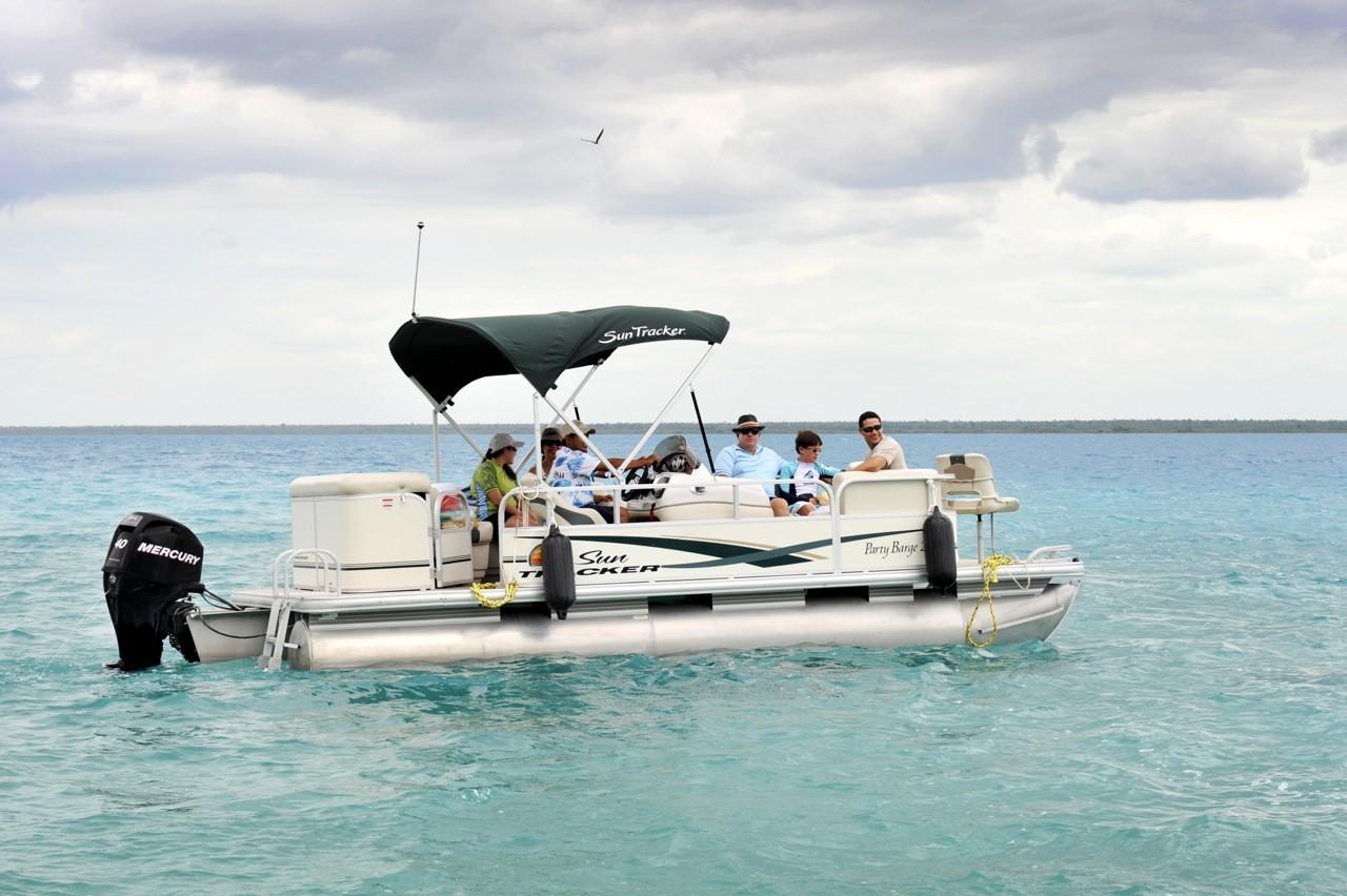 Tour boat at Rancho Encantado Bacalar
