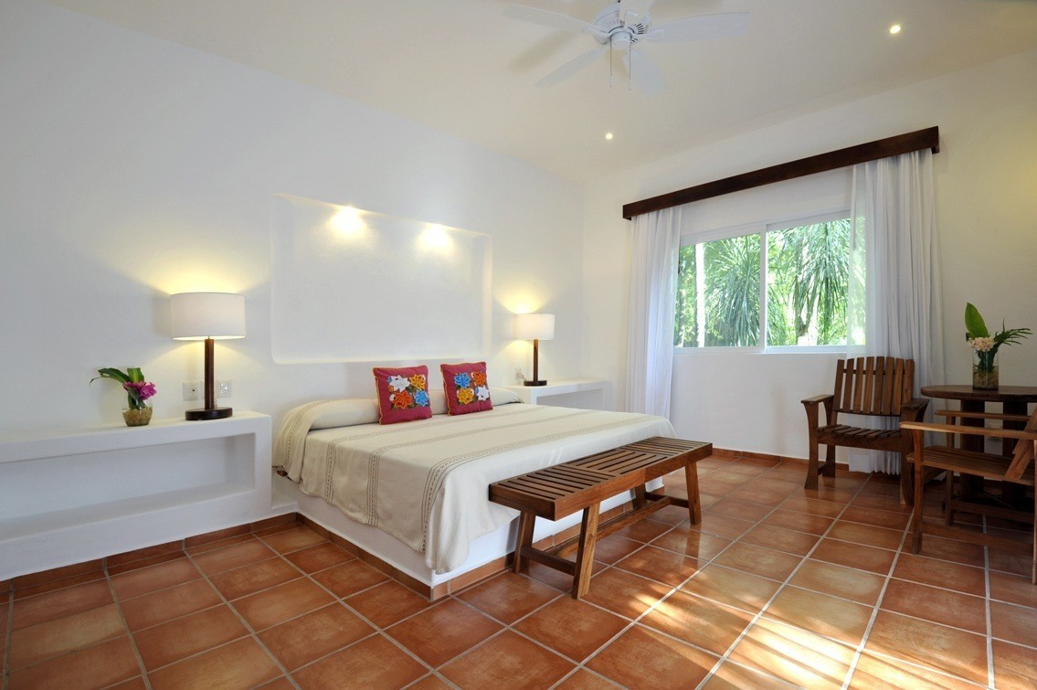Large double room at Rancho Encantado Bacalar