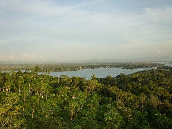 A panoramic view over Rio Dulce