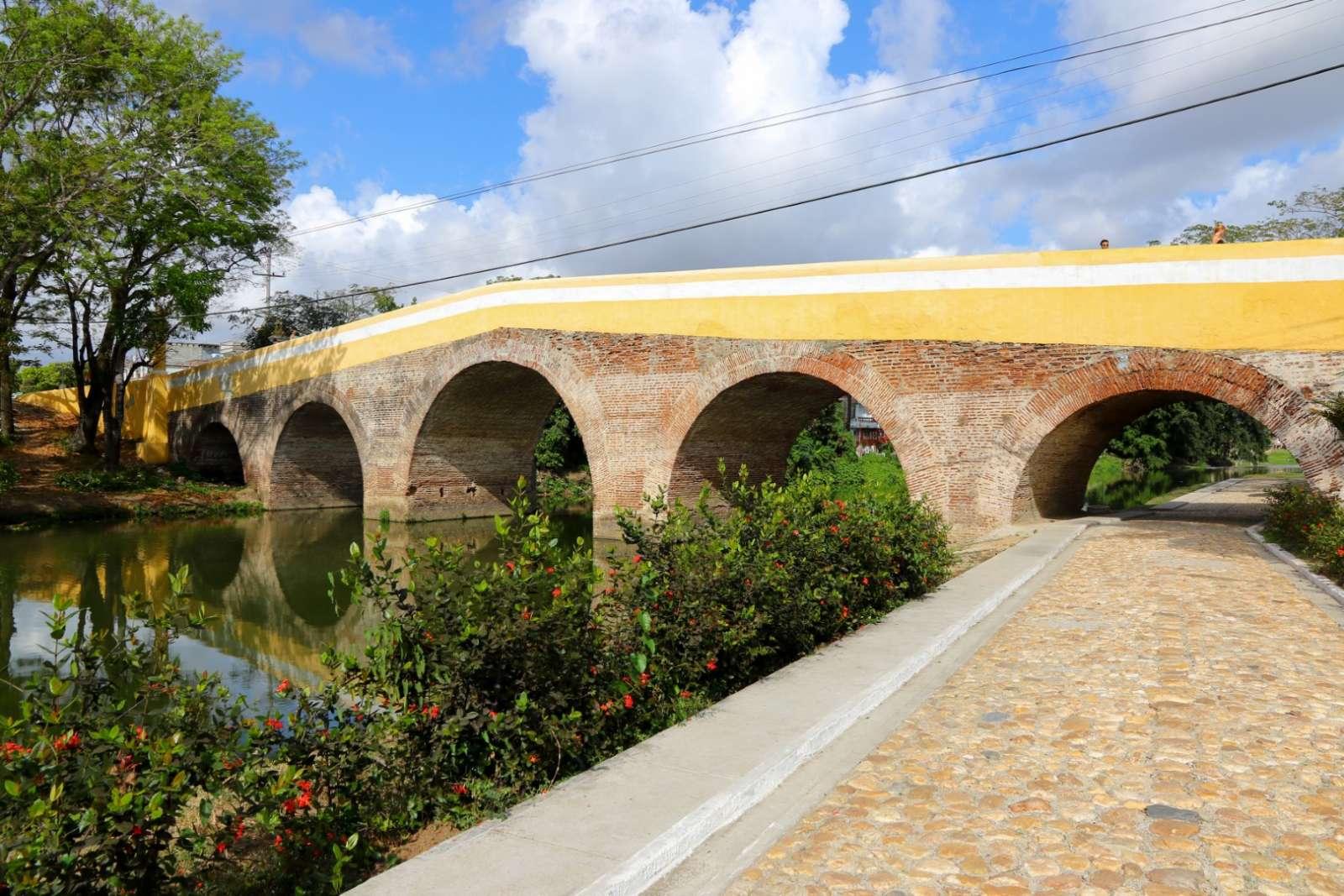Iconic Puente Yayabo in Sancti Spiritus