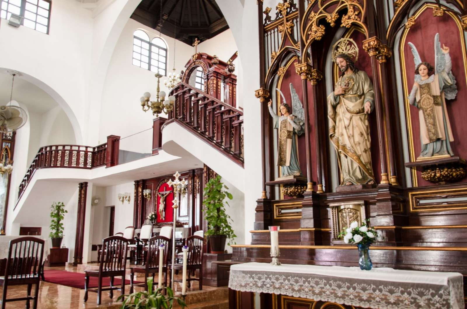 Church interior in Santa Clara, Cuba