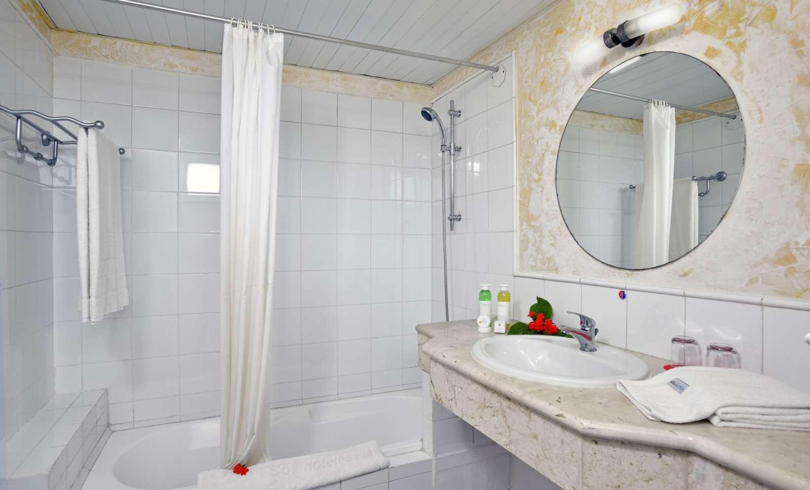 Bathroom at Sol Cayo Largo