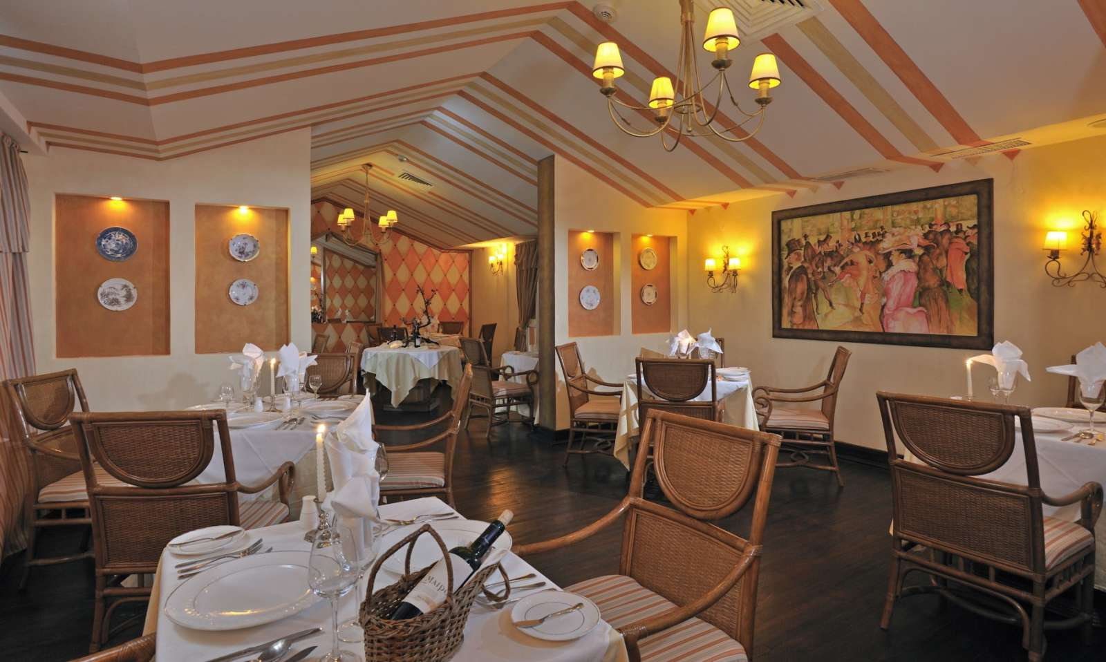Bistro restaurant at Sol Rio De Luna Y Mares