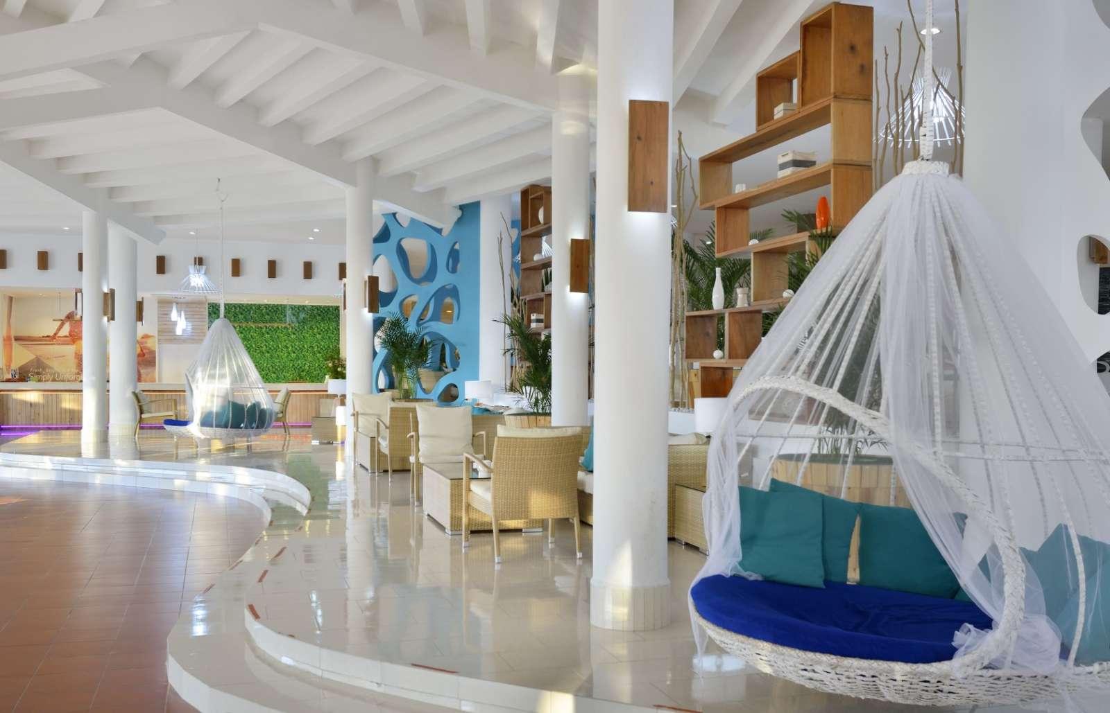 Lobby at Sol Rio De Luna Y Mares