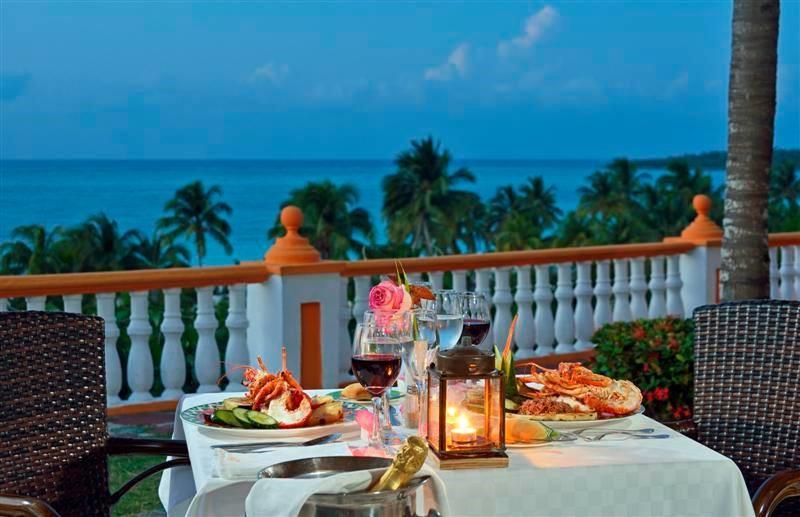 Seaview restaurant at Sol Rio De Luna Y Mares