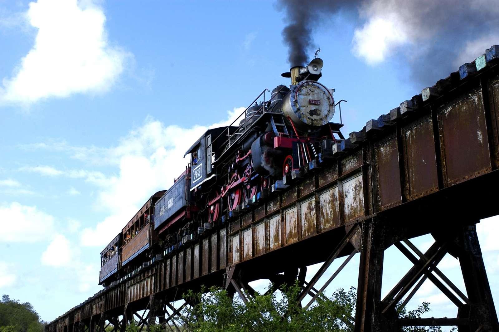 Steamtrain in Trinidad, Cuba