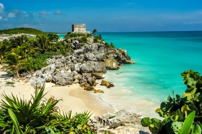 Tulum Mayan ruins and beach