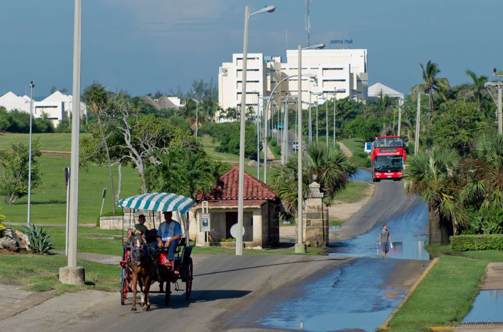 Horse carriage and tourist bus in Varadero, Cuba