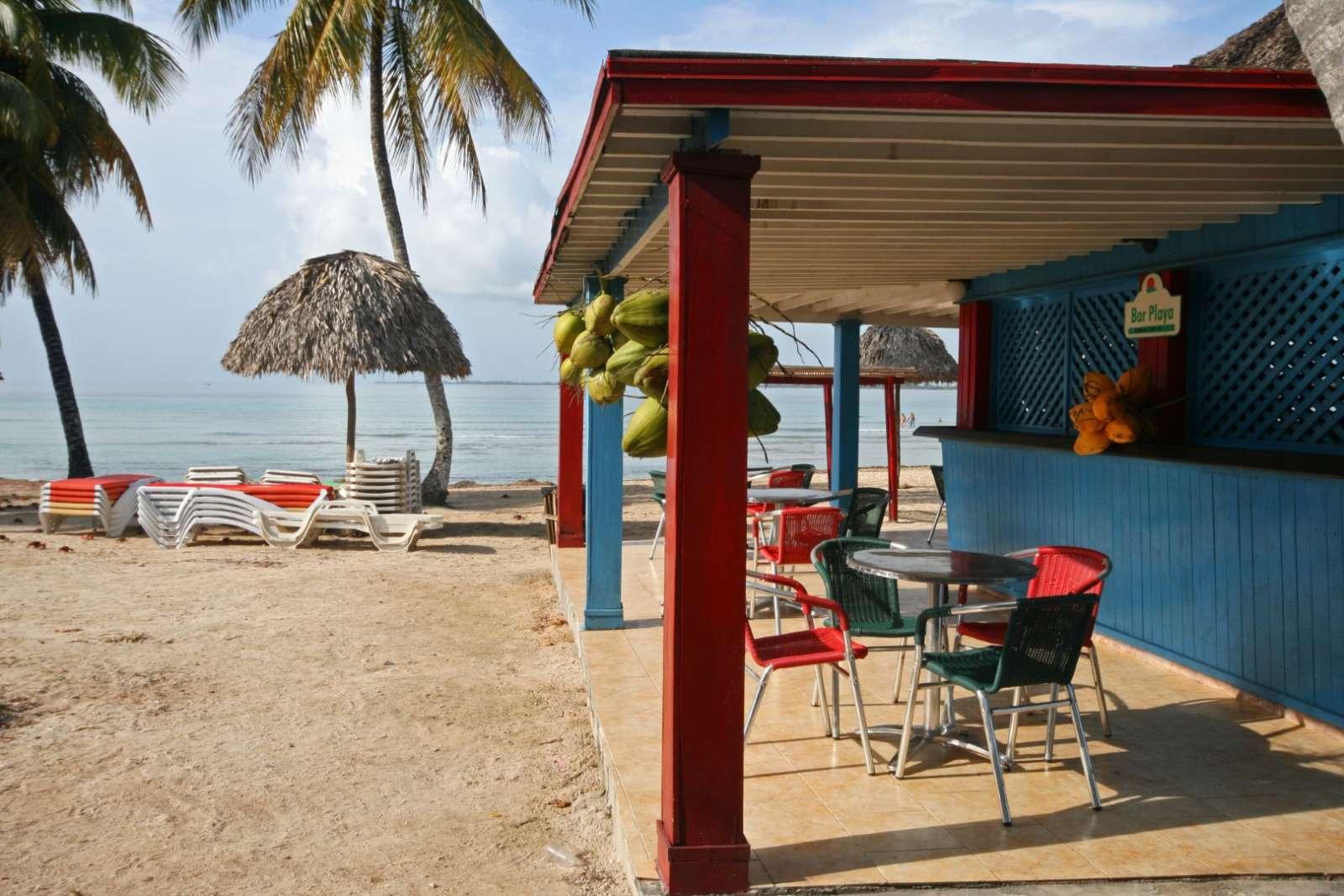 Beach bar at Hotel Playa Larga