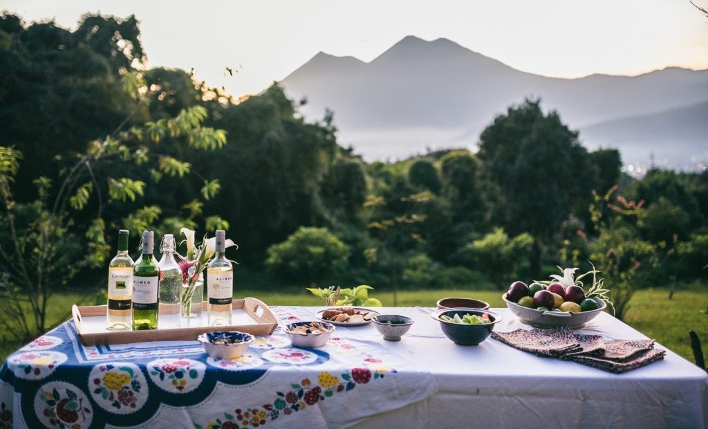 Drinks and appetisers at Antigua glamping site
