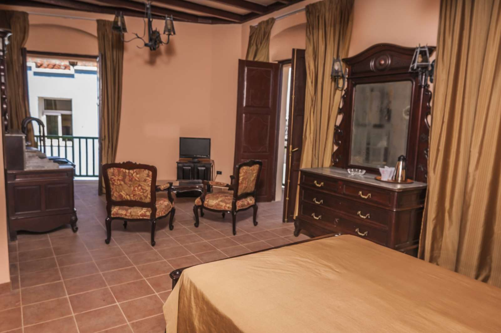 Bedroom at Camino de Hierro