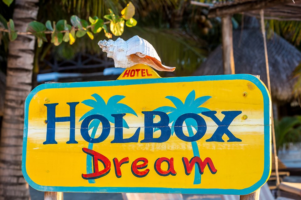 Hotel Holbox Dream Sign