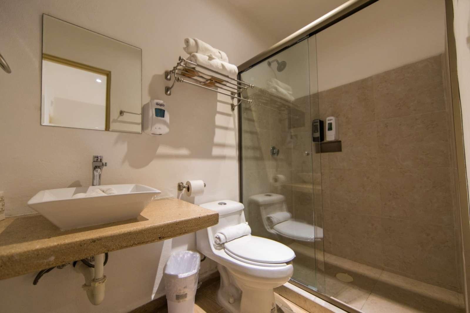 Hotel Ojo De Agua Bathroom