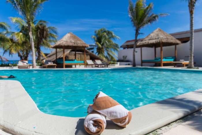 Swimming pool at Hotel Ojo de Agua in Puerto Morelos