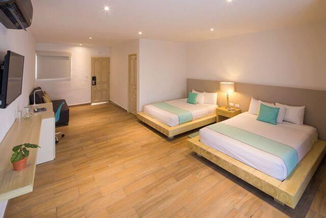 Twin room at hotel Ojo De Agua