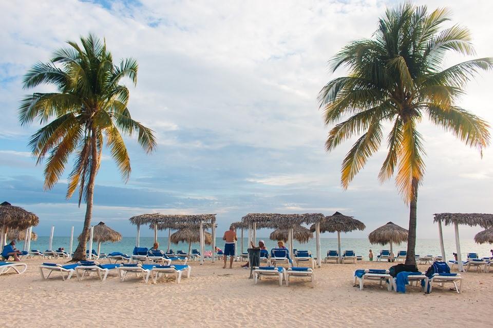 Memories Trinidad Del Mar Beach Sunloungers