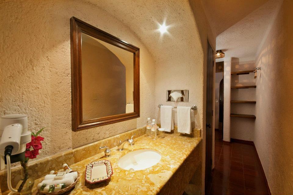 Villas Arqueologicas Chichen Itza Bathroom