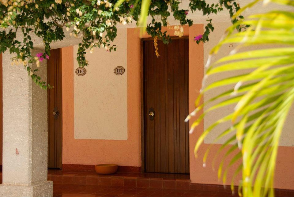 Villas Arqueologicas Chichen Itza Doors