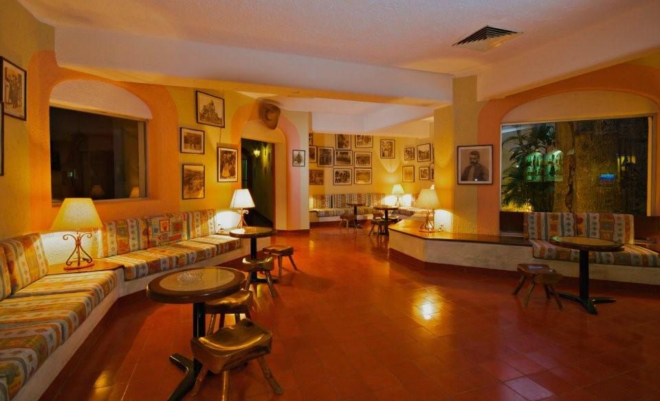 Villas Arqueologicas Chichen Itza Lobby