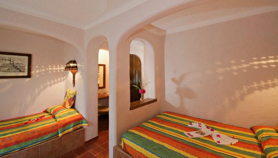 Villas Arqueologicas Chichen Itza Room