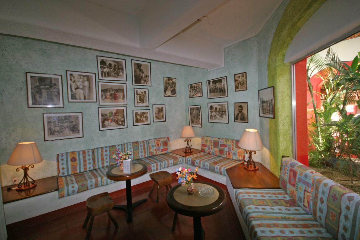 Villas Arqueologicas Chichen Itza Seating