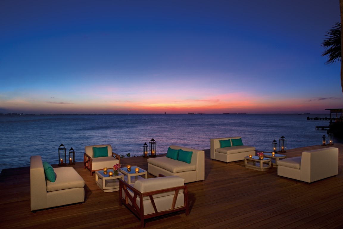 Sunset deck at Zoetry Villa Rolandi