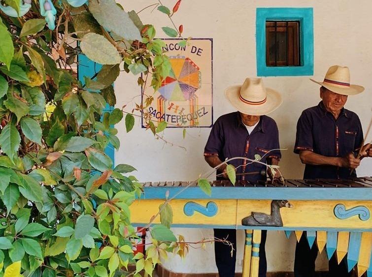 Musicians at La Azotea