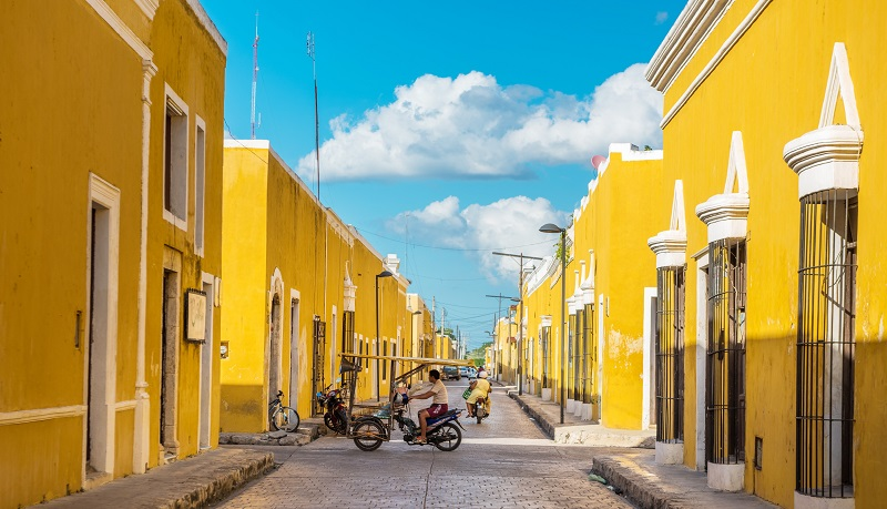 Yellow buildings in Izamal, Mexico