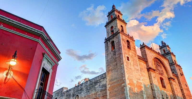 Colonial era buildings in the centre of Merida, Yucatan