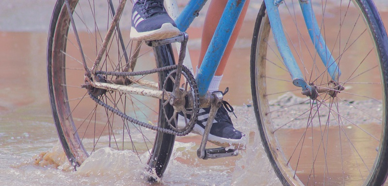 Cycling through the rain in Cuba