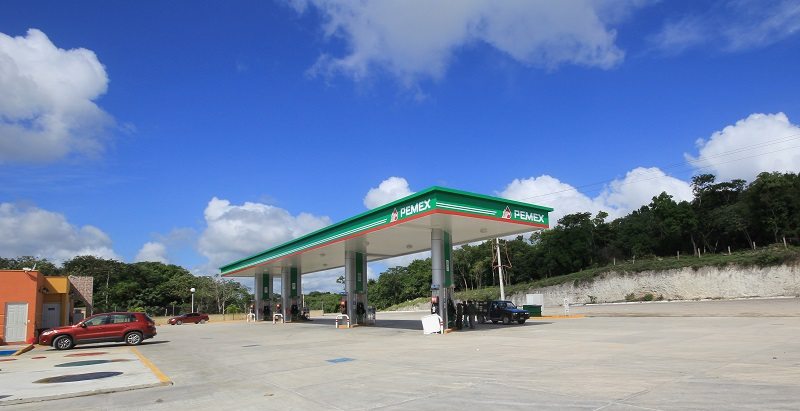 Pemex petrol station on Highway 186, Yucatan Peninsula