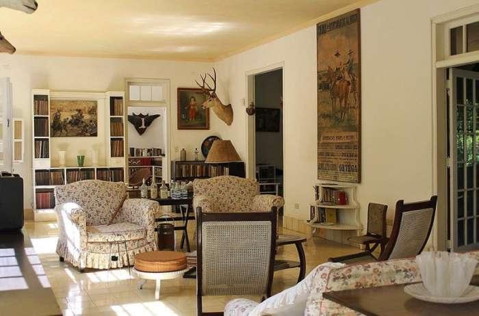 Interior of Finca Vigia