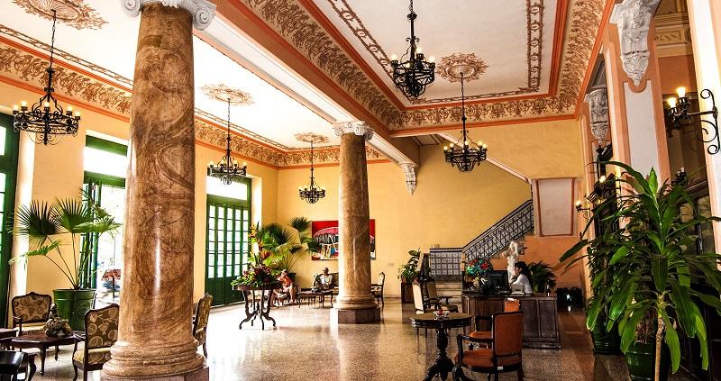 Lobby of the Hotel Velasco