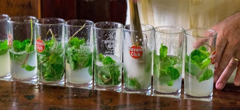 Noche Buena drinks in Cuba