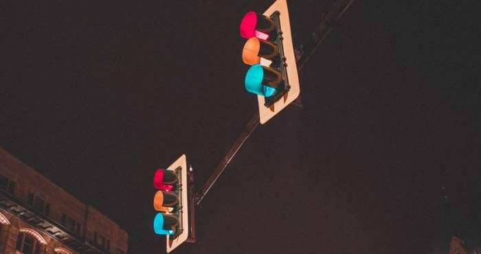 Travel Traffic Light