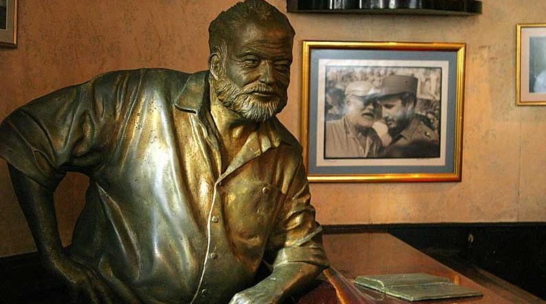 Statue of Ernest Hemingway at El Floridita bar