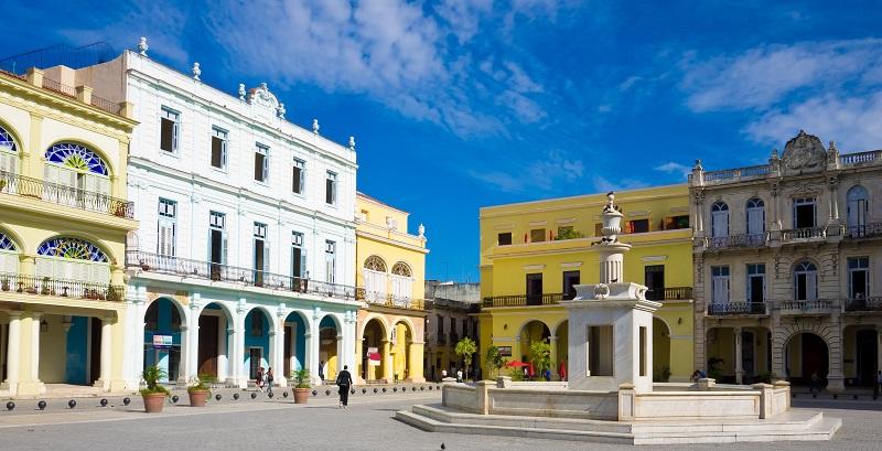 Plaza Vieja in Habana, Cuba