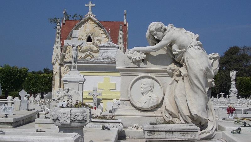 Necropolis Cristobal Colon in Havana